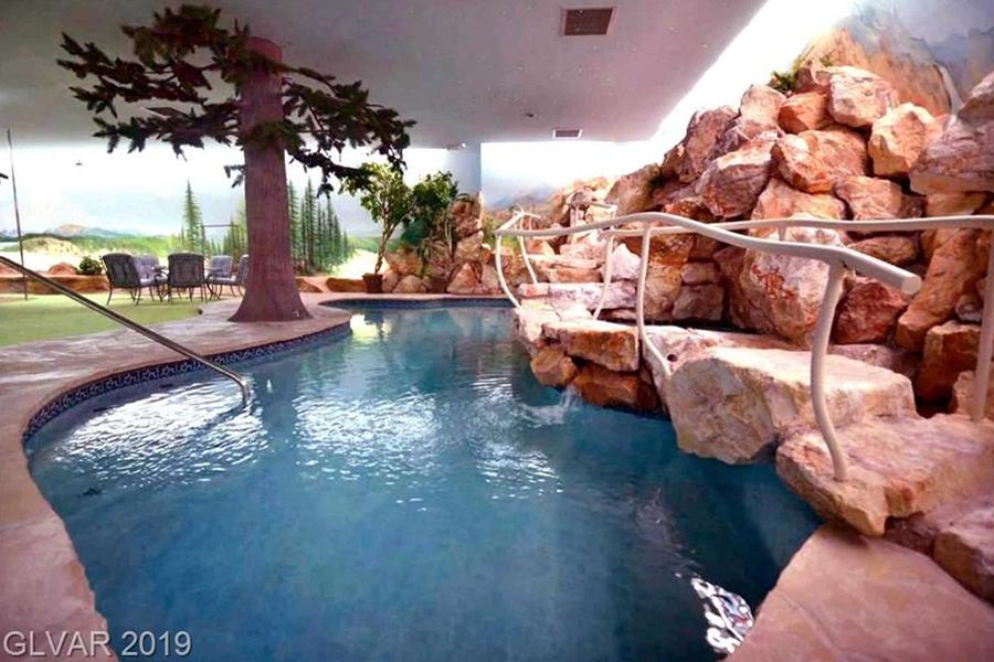 Property Image of Pool